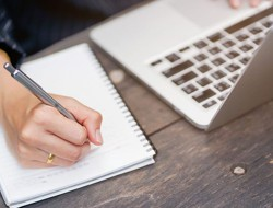 Alkalmi és rendszeres blogolás, PR cikkírás, weboldal tartalom írás kedvező áron. Profi csapatunkban könyvírók, kereső-optimalizálással foglalkozó szövegírók és újságírók garantálják a minőséget.  PR cikkek, online marketing szövegek, termékleírások, bérblogolás, versírás és honlap szöveges tartalmainak megírása...